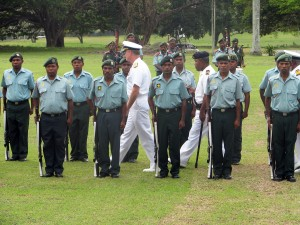 Adm. Walsh reviews the Papua New Guinea Defence Force (PNGDF) Ho