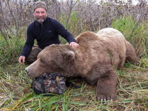 brown-bear-hunting1