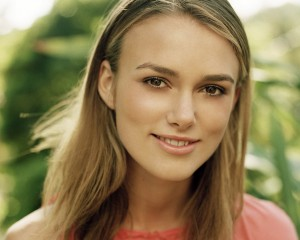 keira-knightley-smile-5355-5631-hd-wallpapers